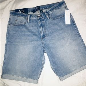 Urban Outfitters Shorts Slim fit NWT size 34